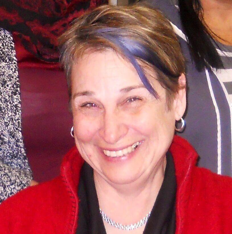Volunteer Lois Goertzen